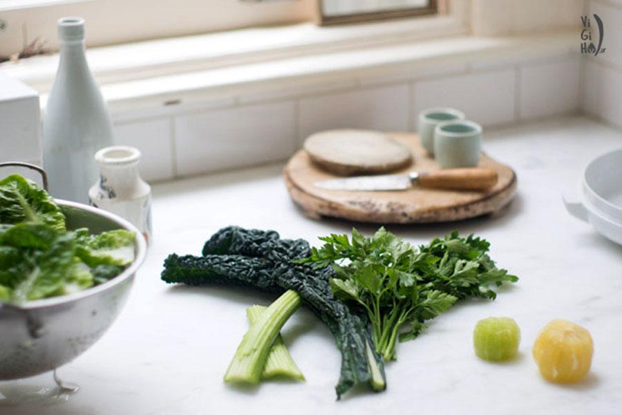 طرز تهیه نوشیدنی سبز آب سبزیجات