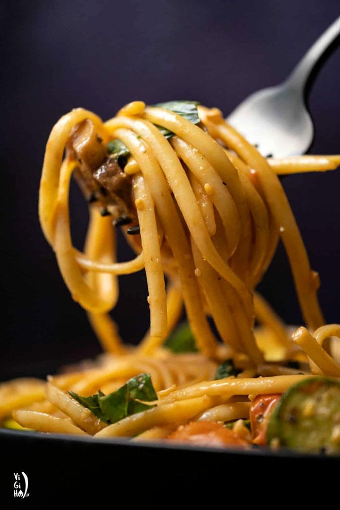 طرز تهیه پاستا لینگویینی سبزیجات