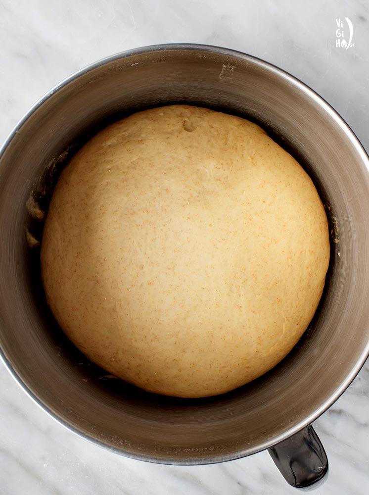 طرز تهیه نان همبرگر خانگی خوشمزه با کنجد