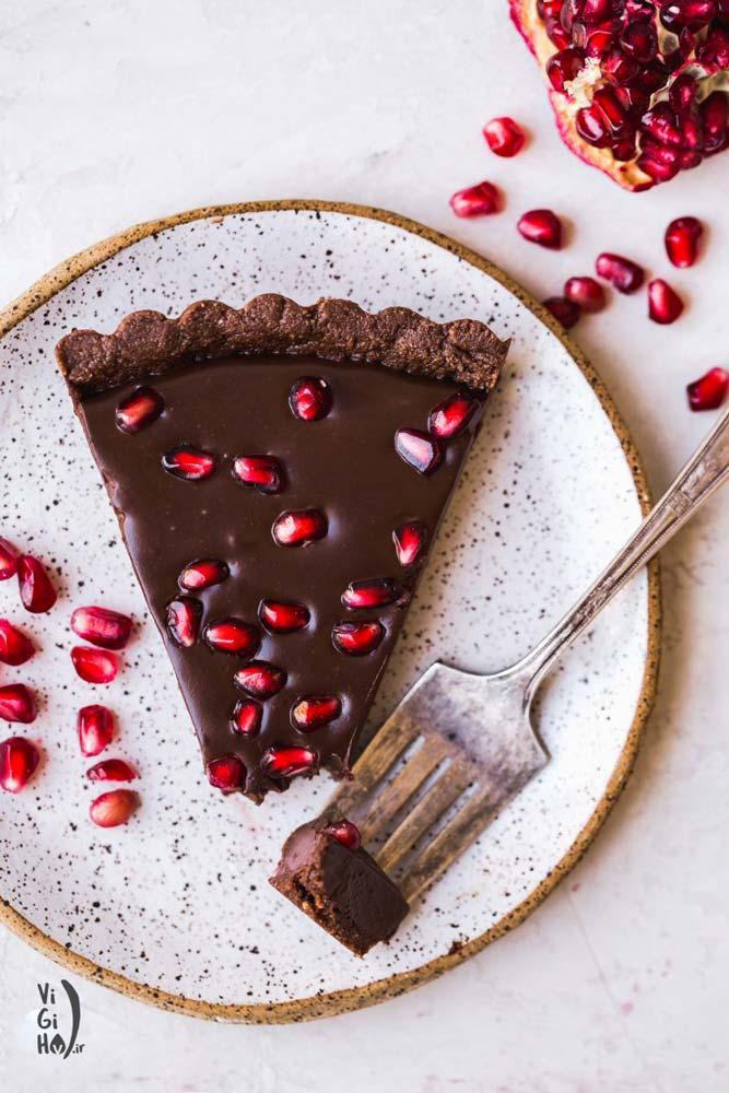 تارت انار شکلاتی وگان بدون پخت