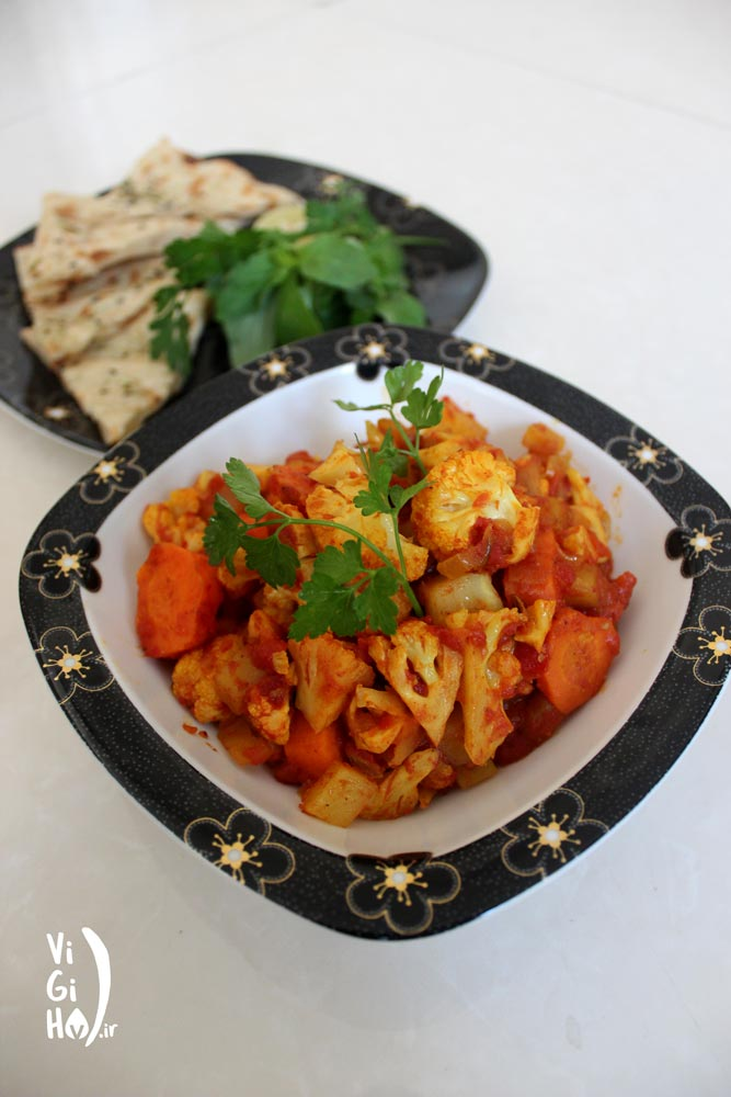 روش پخت خوراک گل کلم با هویج
