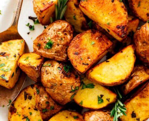 طرز تهیه سیب زمینی تنوری رژیمی، سالم و خوشمزه
