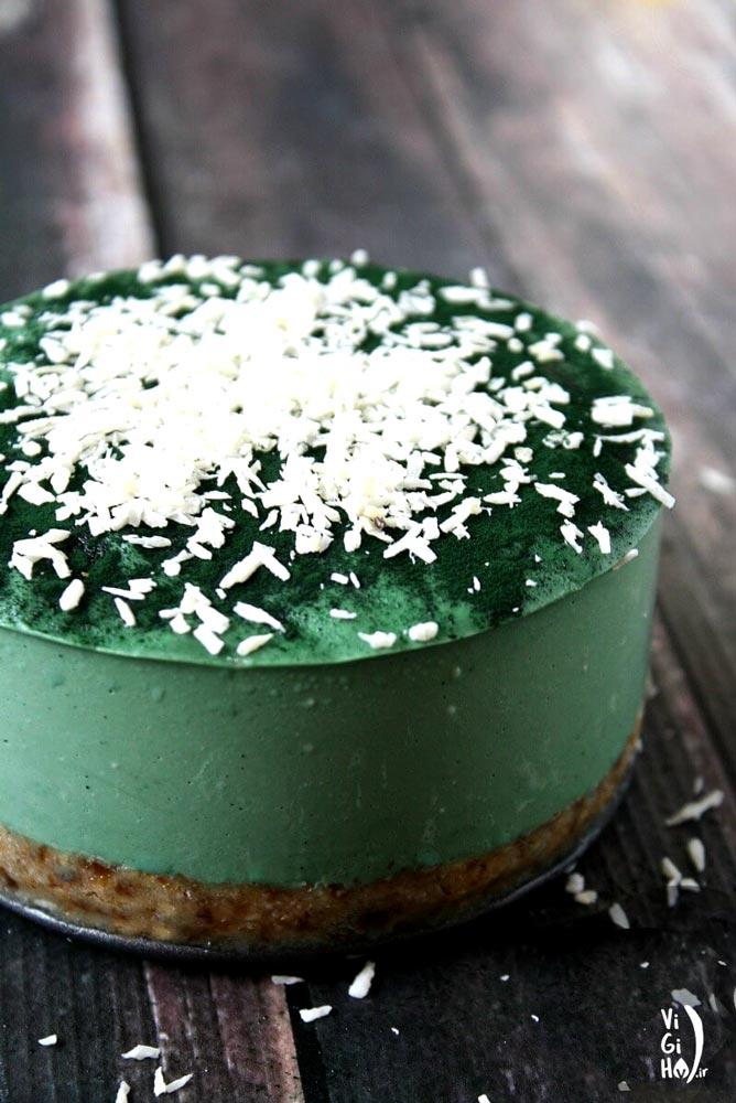 طرز تهیه چیز کیک یخچالی وگان با جلبک اسپیرولینا